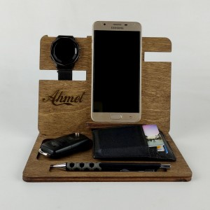 İsme Özel Ahşap Masaüstü Telefon ve Aksesuar Ofis Standı